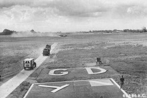 800px-RAF_Great_Dunmow_-_Landing