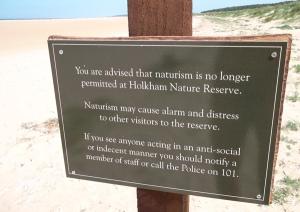 holkham-beach-sign