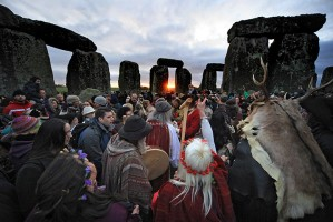 Winter-Solstice-At-Stoneh-001